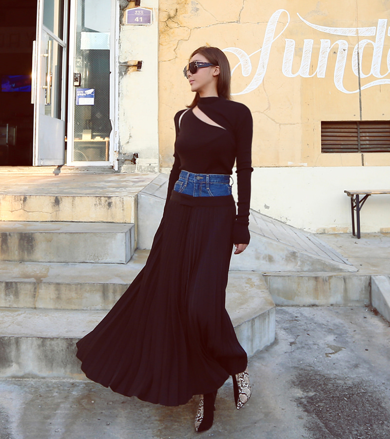 pleat denim skirt